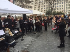 Southbank singing side pic 4April2015